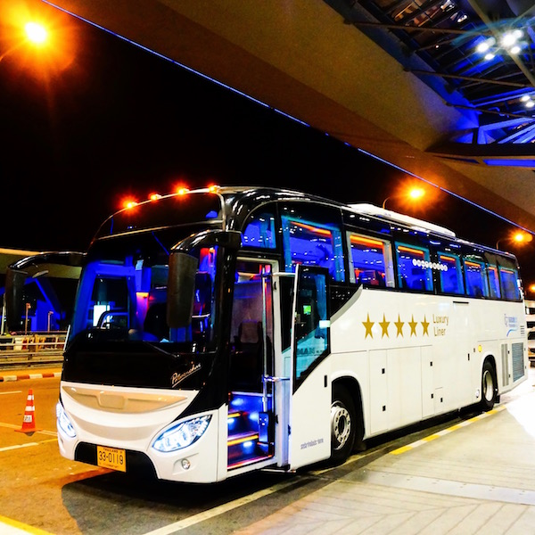 Fack ju Göte 2 Bus in Thailand